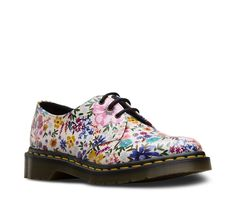 ed74b216e59 Shop Womens on the official Dr. Martens like the Molly Boot
