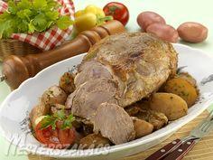 Báránycomb pékné módra recept Pot Roast, Meat Recipes, Turkey, Dishes, Ethnic Recipes, Desk, Carne Asada, Beef Recipes, Peru