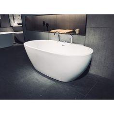 Cada freestanding, cu montaj pe pardoseala, de la producatorul Super Spa, model Q-360S, disponibila cu dimensiuni de 170x85 cm, fabricata din acril, culoare alb. Bathtub, Bathroom, Model, Standing Bath, Washroom, Bathtubs, Bath Tube, Full Bath