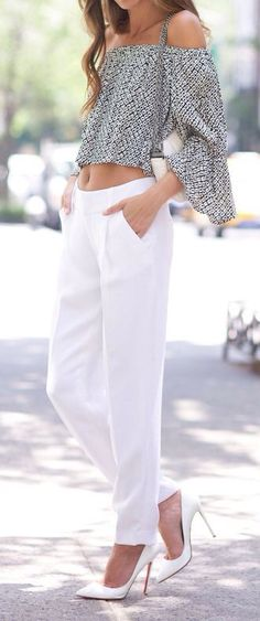 Crop peasant with white trousers and white pumps