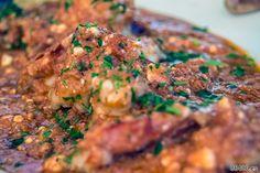 Gambas con salsa de tomate y feta - Descubrir Santorini
