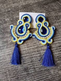 Soutache Earrings | Etsy Paula Ordovás, Handmade Necklaces, Handmade Jewelry, Soutache Necklace, Polymer Clay Charms, Antique Rings, Beaded Embroidery, Etsy Earrings, Boho Jewelry