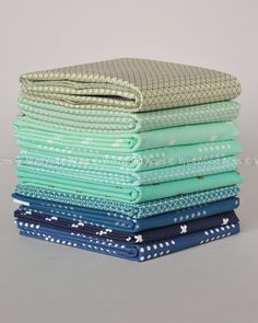 Westwood Acres Fabric — Cotton + Steel Splash Basics Fat Quarter Bundle