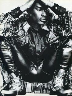 TBT: Tyson Beckford in 1994 Fashion Spread for Mondo Uomo It  image Tyson Beckford Editorial Photos 002 800x1059