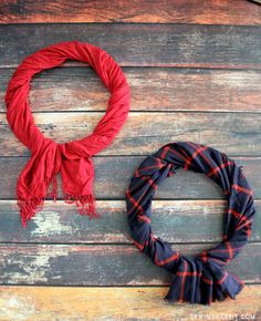 5 Minute Scarf Wreath | An old scarf gets transformed into a Ralph Lauren-inspired wreath with this no-sew project!