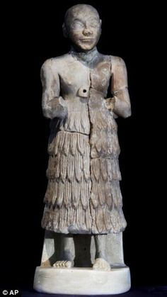 Sumerian figurinen National Museum of Iraq