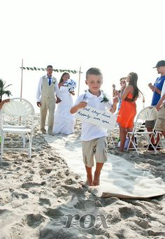 Fun Beach Wedding Signs Photo By Rox Weddings Of Ocean City MD