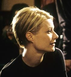 Sliding Doors (1998) Gwyneth Paltrow's Helen leads two different realities in London, mostly delineated by her two haircuts. One is long and mousy, while the other is short, sassy and confident. The fact that the actress really did cut off her own hair created quite the stir in America. Now many actresses have no problem chopping their locks, too.
