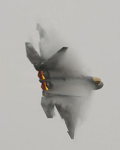 I can't even grasp how an aircraft can make the air turn visible like it's doing here. F-22 Raptor