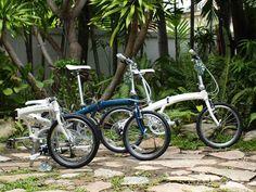 En este jardín hay una #Dahon para ti. Acude a tu tienda para pedirla. #mueveteenbici #Motordealer #Dahon #foldingbike