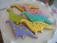 already have an awesome sugar cookie recipe, but i like the way these dinos are decorated for a kids party!