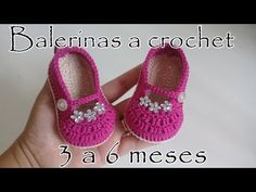 Crochet Ballerina Shoes For Baby - donut decor Crochet Baby Sandals, Crochet Baby Booties, Crochet Hats, Baby Boots, Baby Girl Shoes, Homemade Shoes, Crochet Patron, Baby Shoes Pattern, Newborn Hats