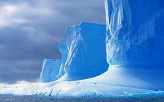 drake passage antartica Slipping Through Drakes Passage Lac Moraine, Chutes Victoria, Angkor Temple, Drake Passage, Vietnam, Mountain Wallpaper, Les Cascades, Parc National, Beautiful Places In The World