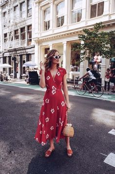 STREET STYLE: Reformation red midi dress dress with straw basket bag - My Outfits Red Midi Dress, Dress Up, Midi Dresses, Wrap Dress Midi, Wrap Dresses, Floral Dresses, Prom Dress, Red Wrap Dress, Red Floral Dress
