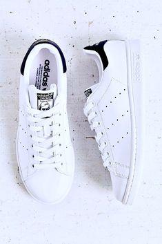 As 99 melhores imagens em Sneakers | Sapatos, Sapatilhas e