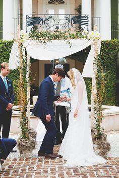 Traditional Jewish Wedding, Breaking of the Glass under the Chupah, plantation wedding