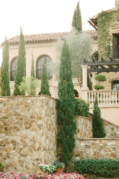 The Club at Bella Collina in Montverde, FL. Image courtesy of KT Merry, featured in the Summer 2013 issue of Weddings Unveiled. www.weddingsunveiledmagazine.com.
