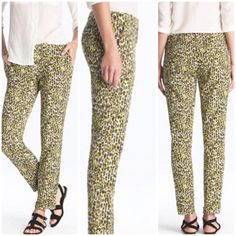 """Animal Cafe Capri in Abstract Leopard The wildly flattering cafe capri just got a little wilder, thanks to this colorful take on a classic leopard print. Cotton with a hint of stretch (98% cotton & 2% elastane). Fitted through hip and thigh with a skinny, cropped leg. 24.5"""" inseam and 1 1/4"""" cuff. J. Crew Pants Capris"""