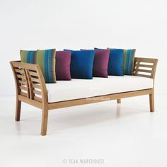 The distinctive and colorful Teak Outdoor Sofa from the Plantation Collection by Teak Warehouse is a gorgeous piece, reminiscent of old plantation style. Patio Lounge Furniture, Teak Outdoor Furniture, Outdoor Sofa, Wooden Furniture, Furniture Decor, Wood Daybed, Wood Sofa, Teak Wood, Sofa Cumbed Design