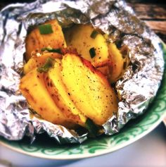 Paleo by Leo Spicy Recipes, New Recipes, Vegetarian Recipes, Bbq Egg, Cobb Bbq, Custom Bbq Pits, Bbq Party, Foil Packet Meals, Fun Cooking