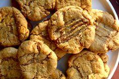 Six-Ingredient Vegan Peanut Butter Cookies