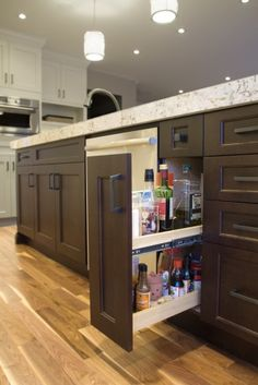Oil Pullout - Copperstone Kitchens