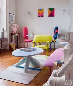 Pocket-Sized Powerhouses: Color Lessons From Fearless Small Spaces