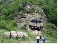 Необычное рядом!!!(Армения)