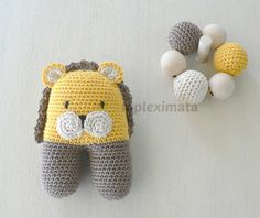 Baby shower gift  Baby rattle  Baby teething ring by Mpleximata