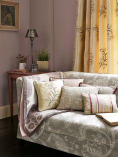 Gorgeous sofa fabric by Sanderson | Defnydd hyfryd gan Sanderso - Palampore 230987