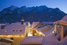 still a home in my heart. Heart Of Europe, Beautiful Places, Amazing Places, Austria, Places To See, Mount Everest, The Good Place, Mountains, Winter Schnee