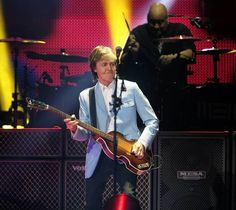 Paul McCartney, after recovering from an illness that forced him to postpone a number of shows on his Out There tour, performed at the United Center in Chicago on Tuesday, July Guitar Guy, Guitar Tabs, Paul Mccartney Concert, United Center, Sir Paul, Chicago Tribune, The Beatles, Guys, Music