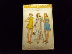 Misses' and Women's Nightgown w/ Bloomers Pattern Simplicity 5030 1970s patterns retro clothing vintage clothing sewing Women's size X-L