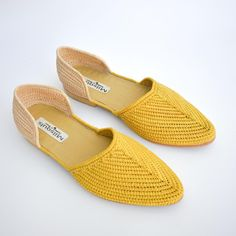 RISERS YELLOW RAFFIA D'ORSAY SHOES