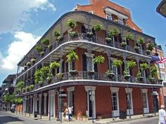 39. Go Oh La La in the #French Quarter, New #Orleans - 50 Things to do in the USA before You Die ... → #Travel #World