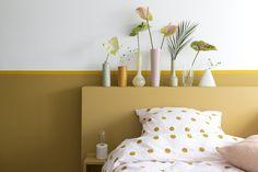 Zo verwerk je de Flexa trendkleur van 2019 'Spiced Honey' in je interieur Nursery Neutral, Delft, True Colors, Pantone, Home Goods, Interior Design, Bedroom, House, Home Decor