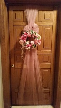 #door #decoration #presentation #rose #concept #pink