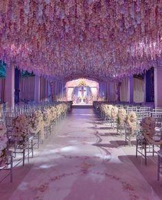 Inspiration : des fleurs partout pour décorer votre mariage