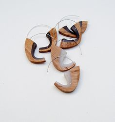 Resin and Oak earrings