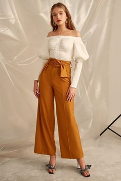 Cameo C/Meo Collective Moments Pant - Rust Orange Pants Outfit, Flowy Pants Outfit, Modest Pants, Orange Dress, Dress Pants, Trousers Women, Pants For Women, Clothes For Women, Belle Outfit