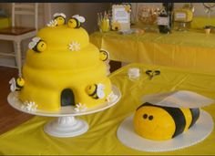 Bee day cake.