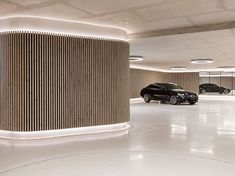 The residential garage with the looks of a luxury car showroom Showroom Interior Design, Garage Interior, Garage Design, House Design, Luxury Garage, Parking Design, Car Garage, Modern Luxury, Luxury Cars