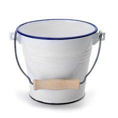 Vintage Enamelware, Jüngstes Kind, Barware, Tea Pots, Bucket, Objects, Rustic, Kitchen, Design