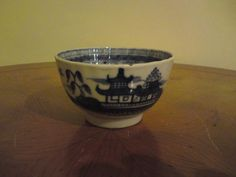 18th century Chinese blue and white porcelain painted bowl