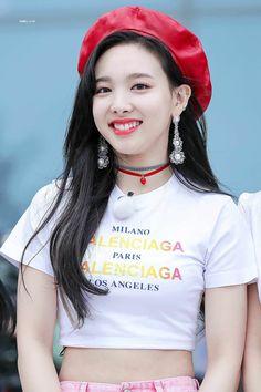 Twice - Nayeon Kpop Girl Groups, Korean Girl Groups, Kpop Girls, Divas, Jihyo Twice, Chaeyoung Twice, Twice Once, Nayeon Twice, Twice Kpop