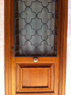 Grade porta Itália