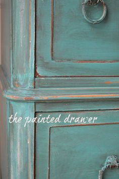Paint Color Highlight – Annie Sloan Antibes and Florence