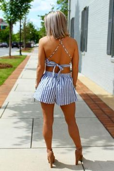 This vivacious coral and white printed romper features a shoulder-baring halter neckline and popover top. White Two Piece Outfit, Striped Two Piece, Striped Crop Top, Two Piece Outfits Shorts, Crop Top Outfits, Blazer Outfits, Crop Top And Shorts, High Waisted Shorts, Crop Tops