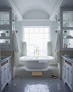Cottage - Master bath