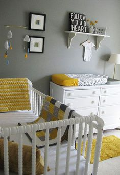 Kleuren voor de babykamer  yellow and grey baby room